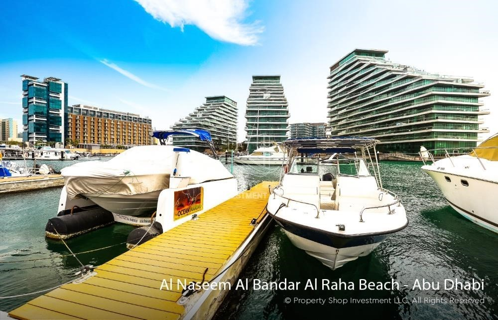 Community-1BR unit with full sea and marina view