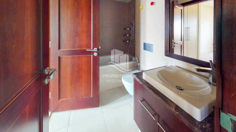 Bathroom-Move Now With Prior 2 Month Advanced Booking + Flexible Payments
