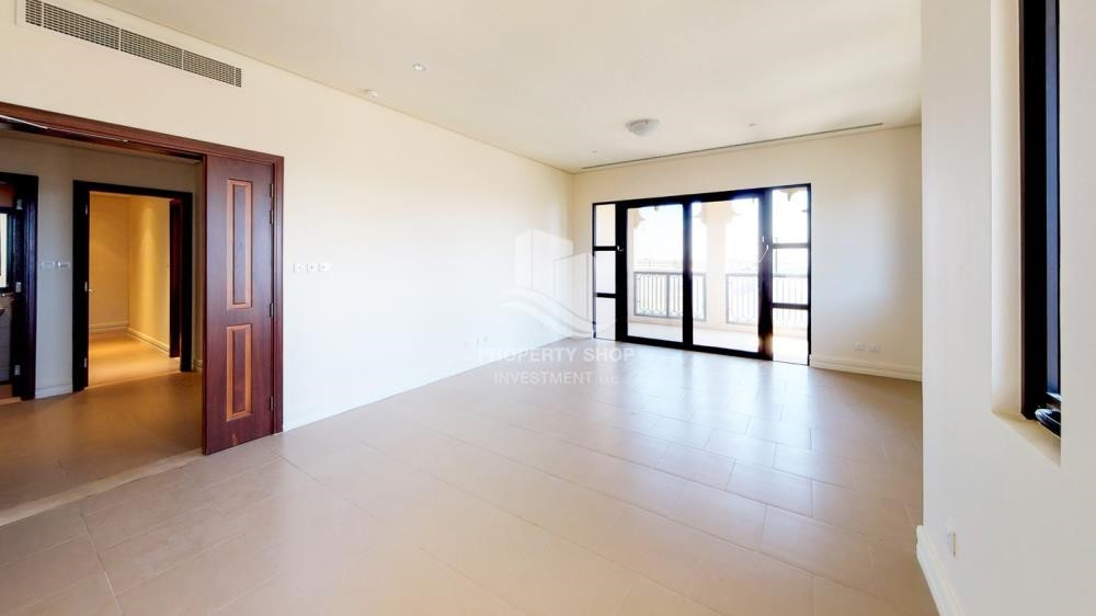 Dining Room-3Br Medium Floor With High End Facilities