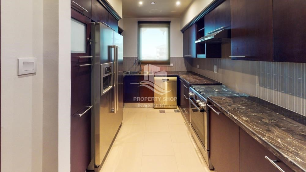 Kitchen-3Br Medium Floor With High End Facilities