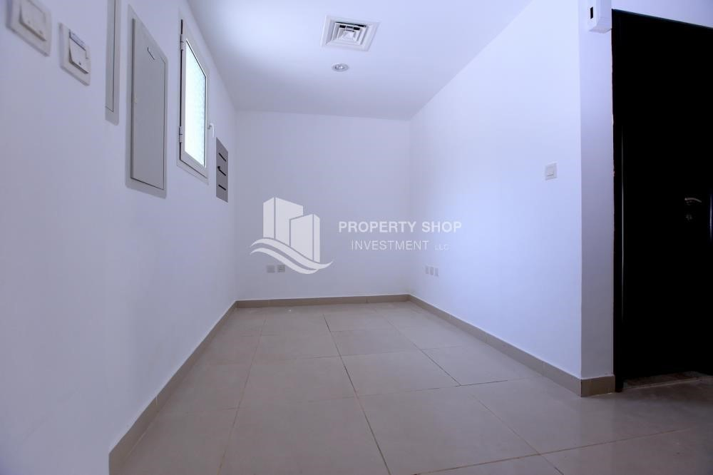 Study-Single row 3 Bedroom Villa with terrace.