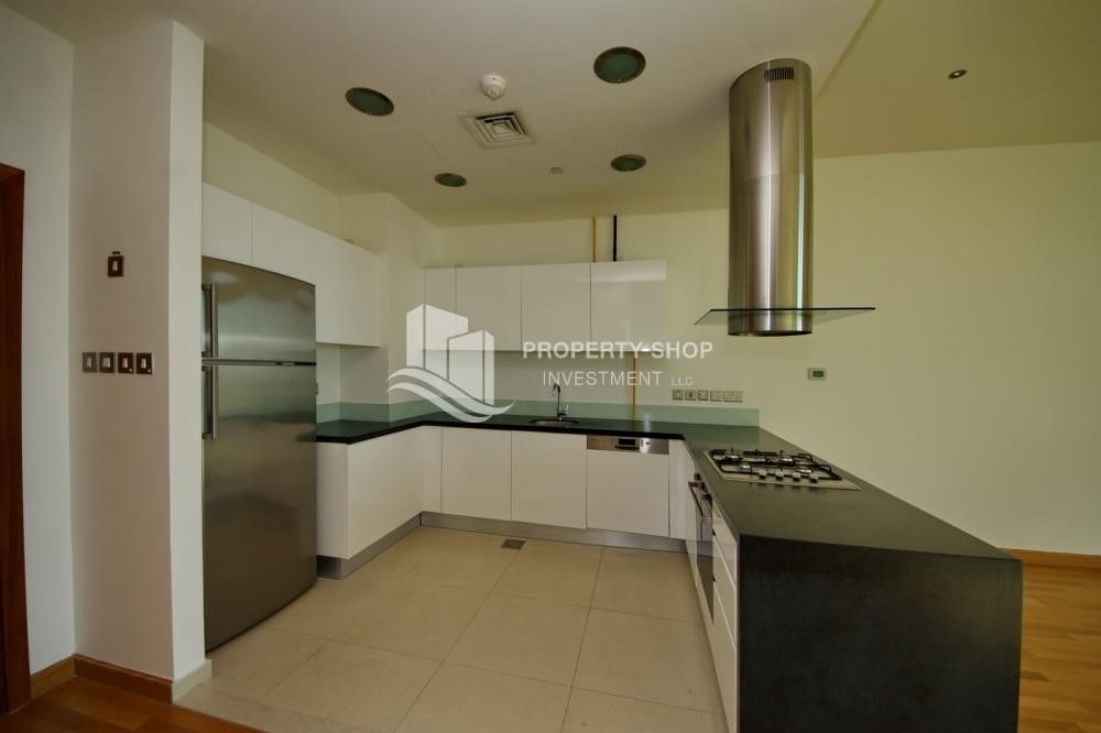 Kitchen-1BR unit with full sea and marina view