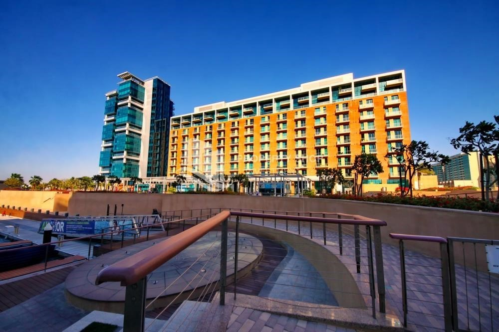 Property-1BR unit with full sea and marina view
