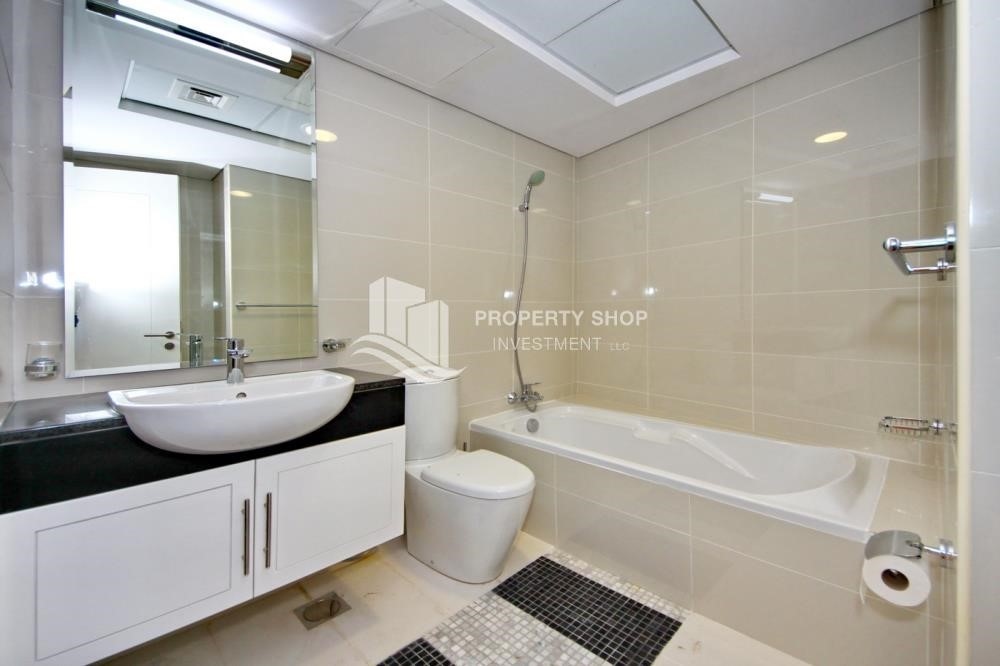 Master Bathroom- ★ Superb Family Home w/ Full Sea View from Balcony ★