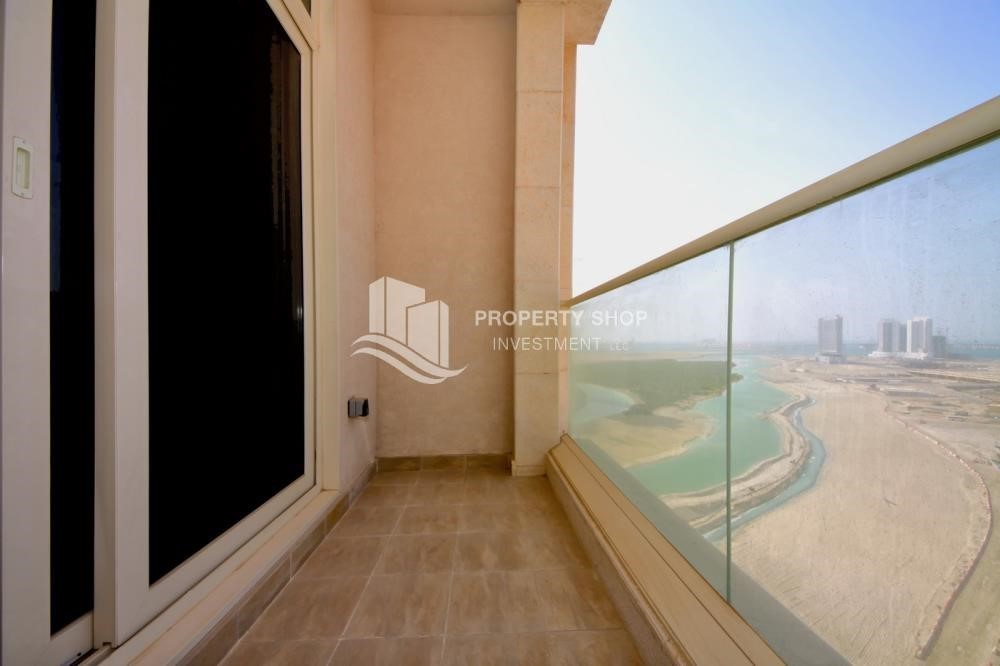 Balcony-1br, Mangrove Place with Balcony