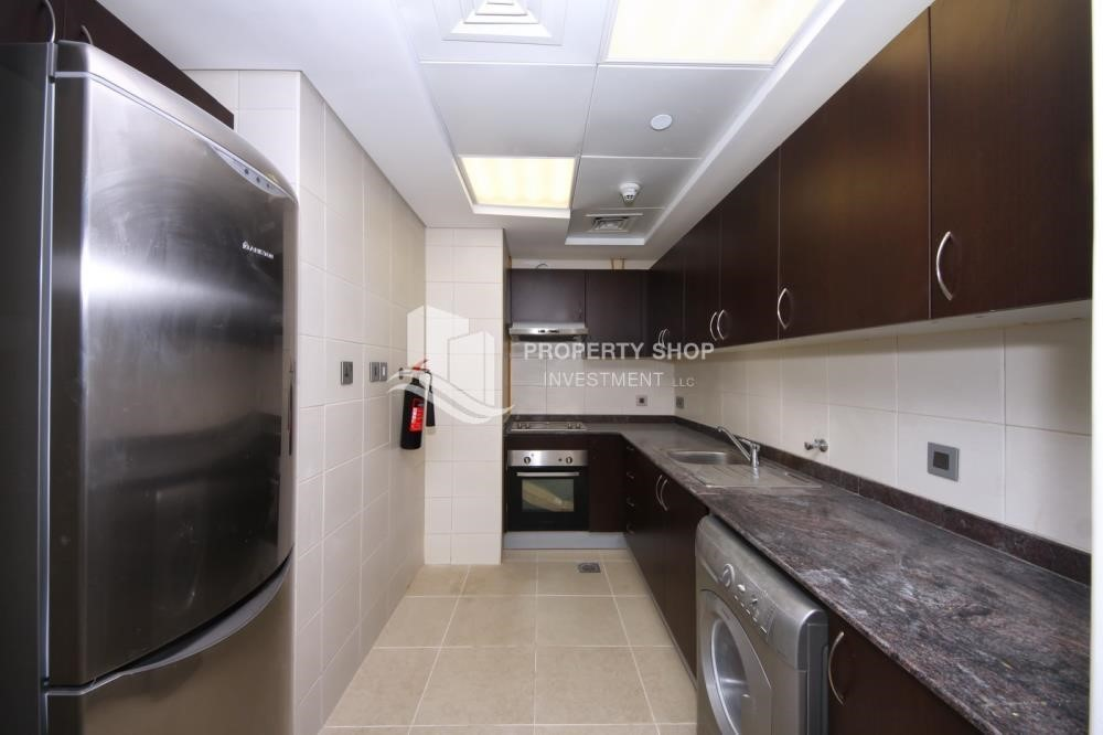 Kitchen-1br, Mangrove Place with Balcony