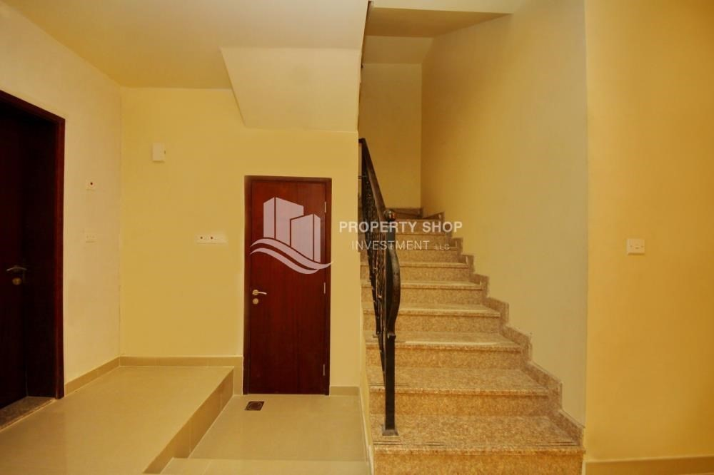 Stairs-Vacant Exquisite Villa with spacious terrace.