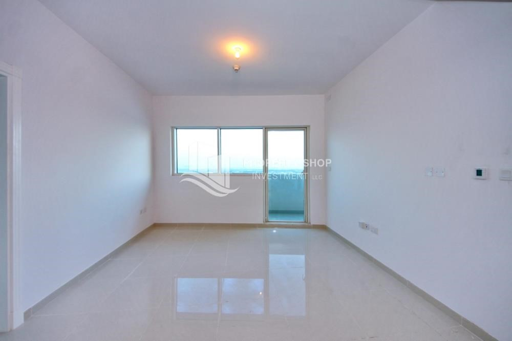 Living Room-Furnished Apt in Mid Floor w/ Marina View