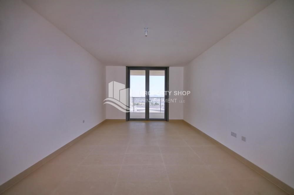 Living Room-2 bedroom with full sea view with rent refund