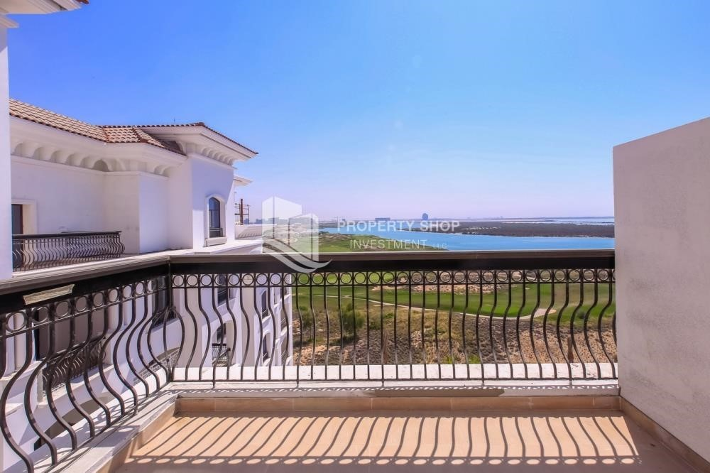 Balcony-High ROI! 2 bedrooms with direct access to the pool and golf view