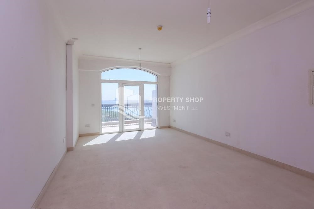 Living Room-High ROI! 2 bedrooms with direct access to the pool and golf view