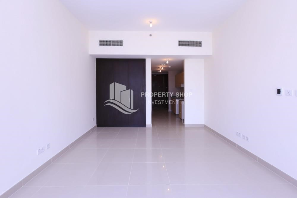 Bedroom-Sigma Tower, Studio apartment for rent