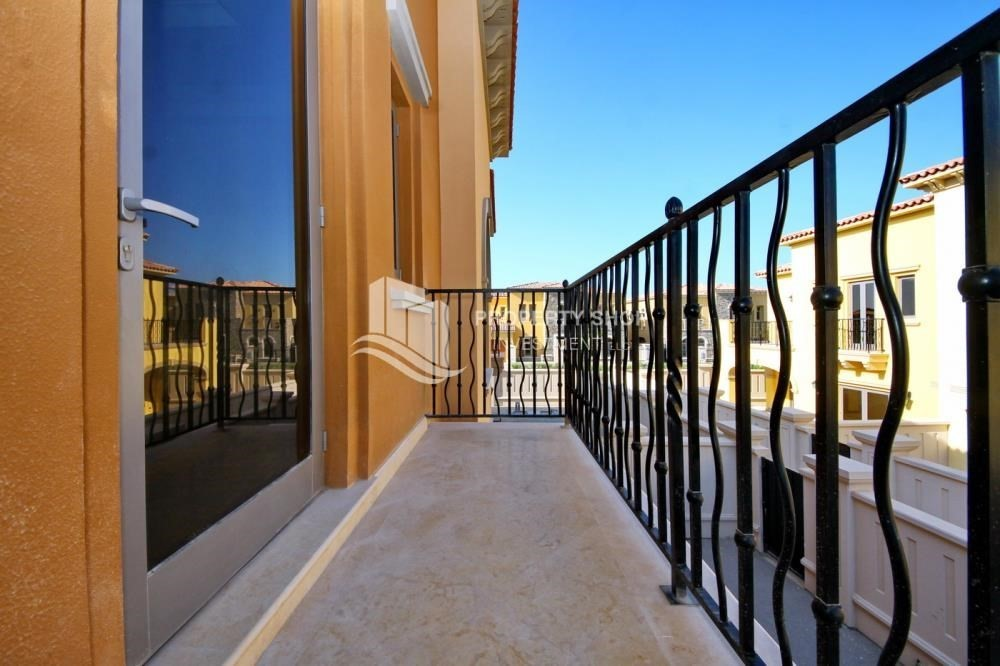 Balcony-Attractive Location, High End Facilities & Private Garden.