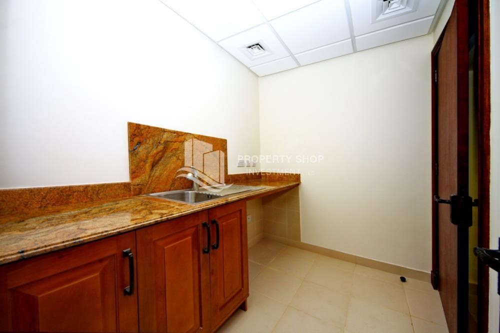Laundry Room-Attractive Location, High End Facilities & Private Garden.