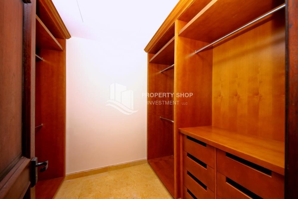 WalkIn Closet-Attractive Location, High End Facilities & Private Garden.