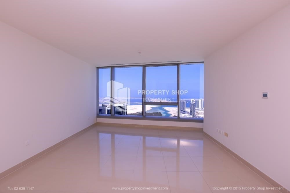 Bedroom-Hurry! Vacant, 2 BR Apt with Sea View.