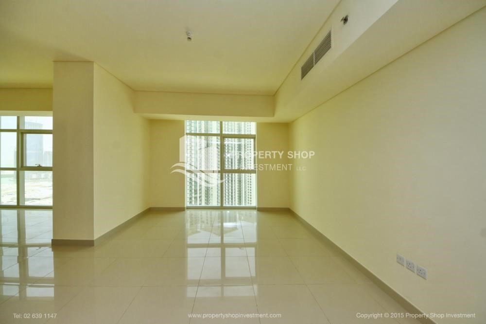 Dining Room-Exquisite 2 Bedroom Apartment in Marina Square.