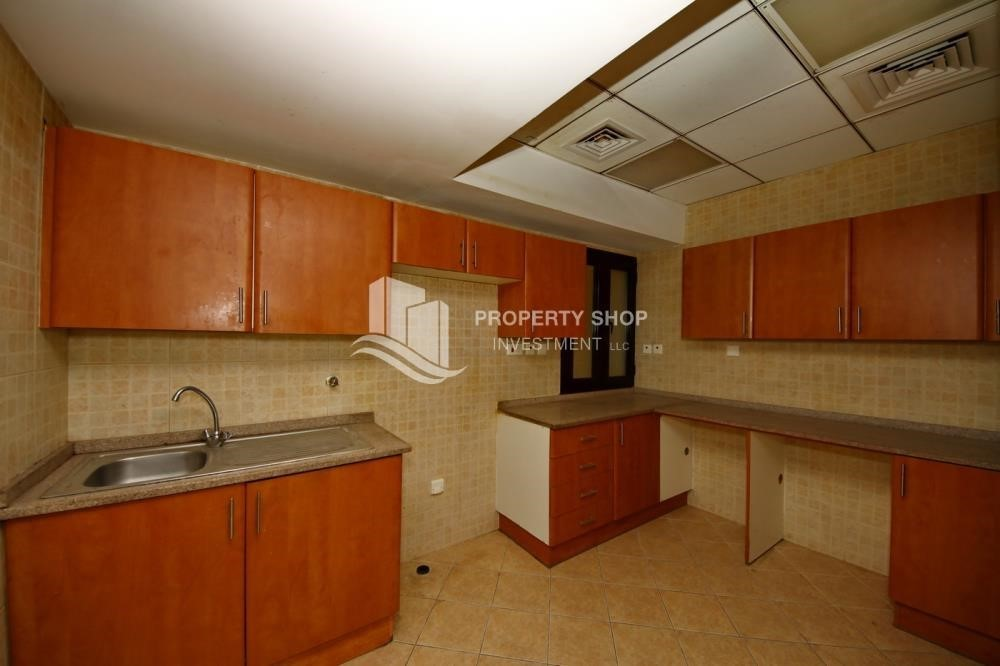 Kitchen-Zero Commission, Ready to Move In !! 4+M Villa with Gym, Pool and Flexible 12 Payment Options