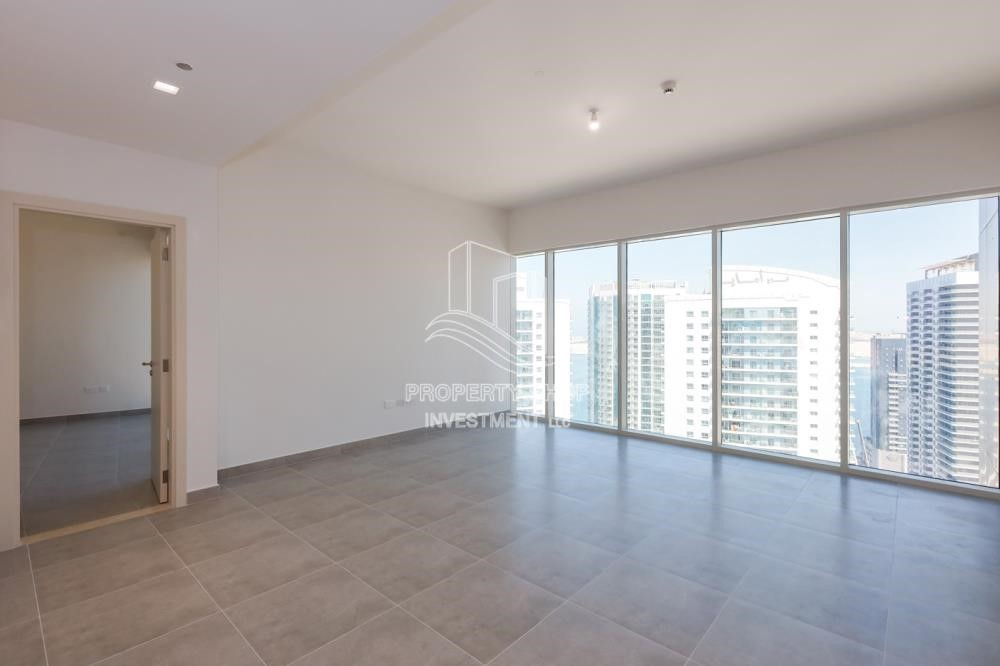 Dining Room-Spacious 1 BR Available for Rent