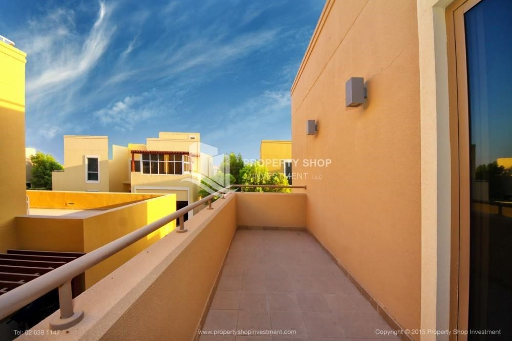 Balcony-Type A 4BR+M villa with private pool.