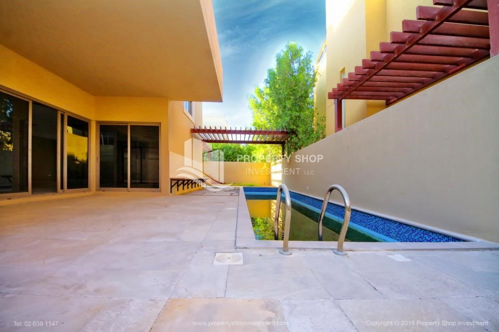 Private pool-Type A 4BR+M villa with private pool.